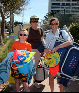 Brendan from PA, Judy(in back) from SRQ and Julie from PA heading to the beach.
