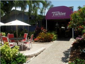 Turtle's Restaurant2