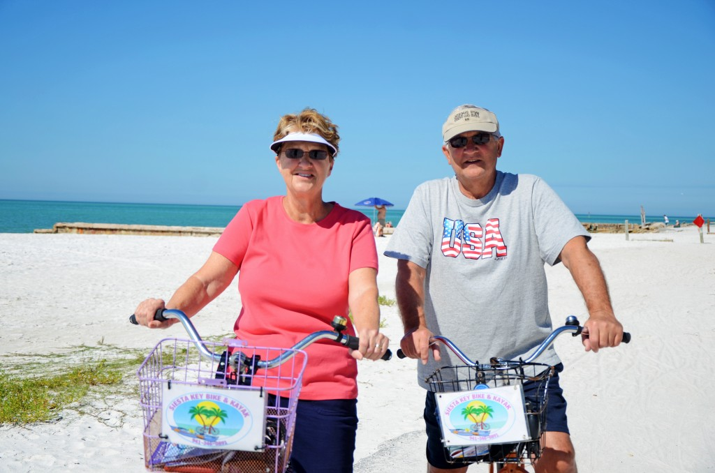 """Mary Kay and her husband Andy from WV. These frequent snowbirds have been coming to SK for 3 years. """"We love it here! It's very relaxing, beautiful weather and the people her are very friendly."""""""