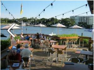 boatyard Waterfront bar & grill 4