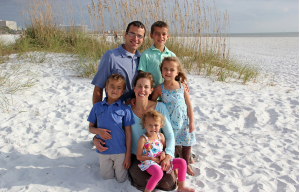 Making vacation memories with Kurk, Drew age 9, Truitt age 7, mom, Daisha, age 5 and Danae age 3 from IN.