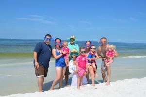 Justin, Jenna, Colette 16 months, Eric, Jessica, Dan, Rhonda, Aria age 4, Caden age 4, Evie age 18 months