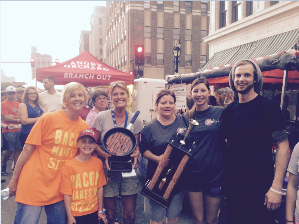 This group photo was taken  while I was handing out The Traveling Skillet People's Choice Award at bacon Throwdown.
