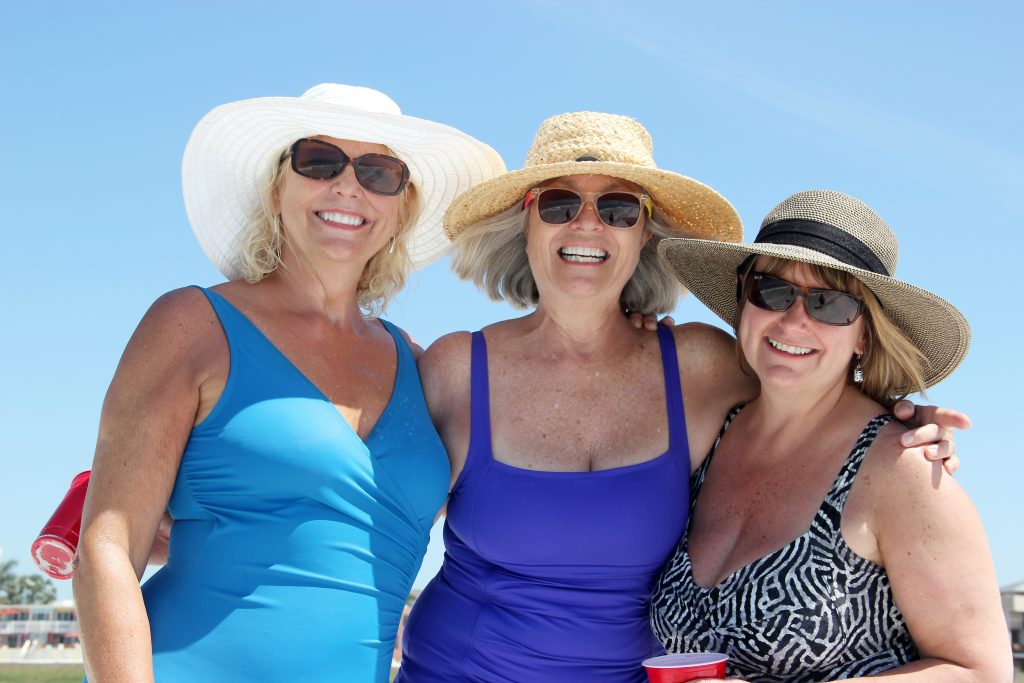 Louise from Canada, Jeannette, Elisa from Maine