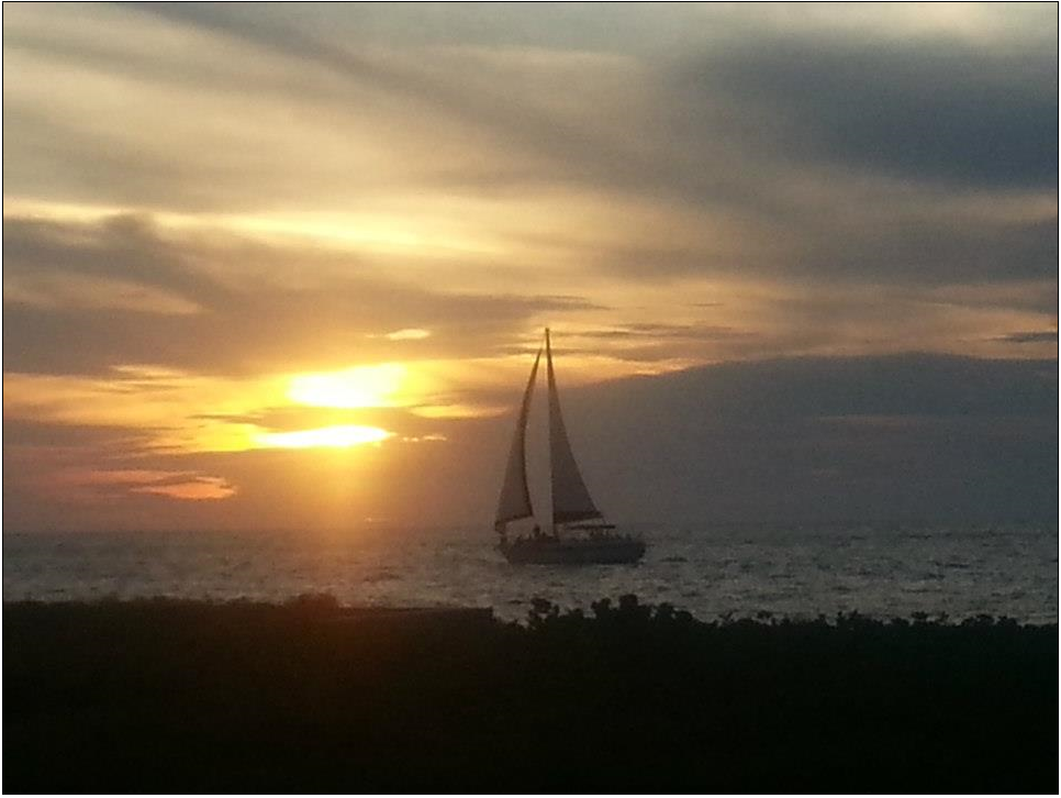 Another beautiful Siesta sunset. (Photo by Donnarose Melvin)